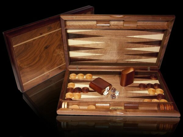 Dal Rossi Walnut Burl Quality Backgammon 19""